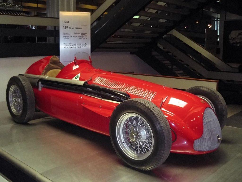 Alfa-Romeo-159-1951.jpg